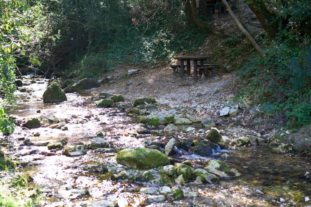 Sorgenti del fiume verde panche